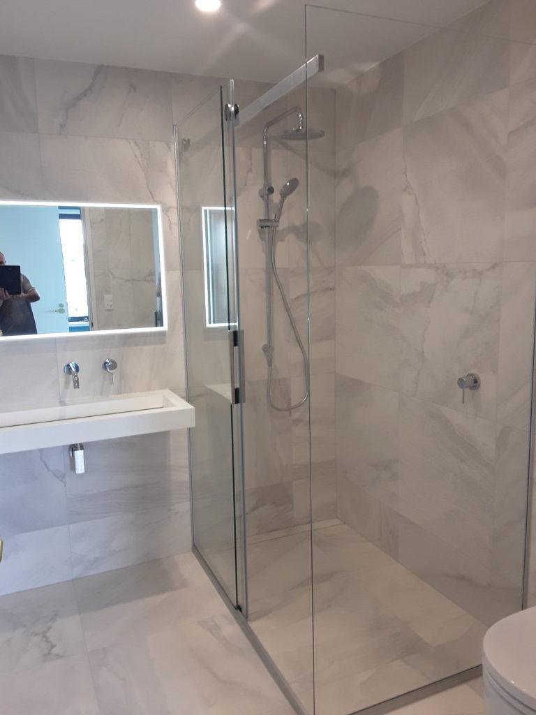 Linea Quattro Milan - Purelite Mirror, Rococo Basin - Katherine - Takapuna